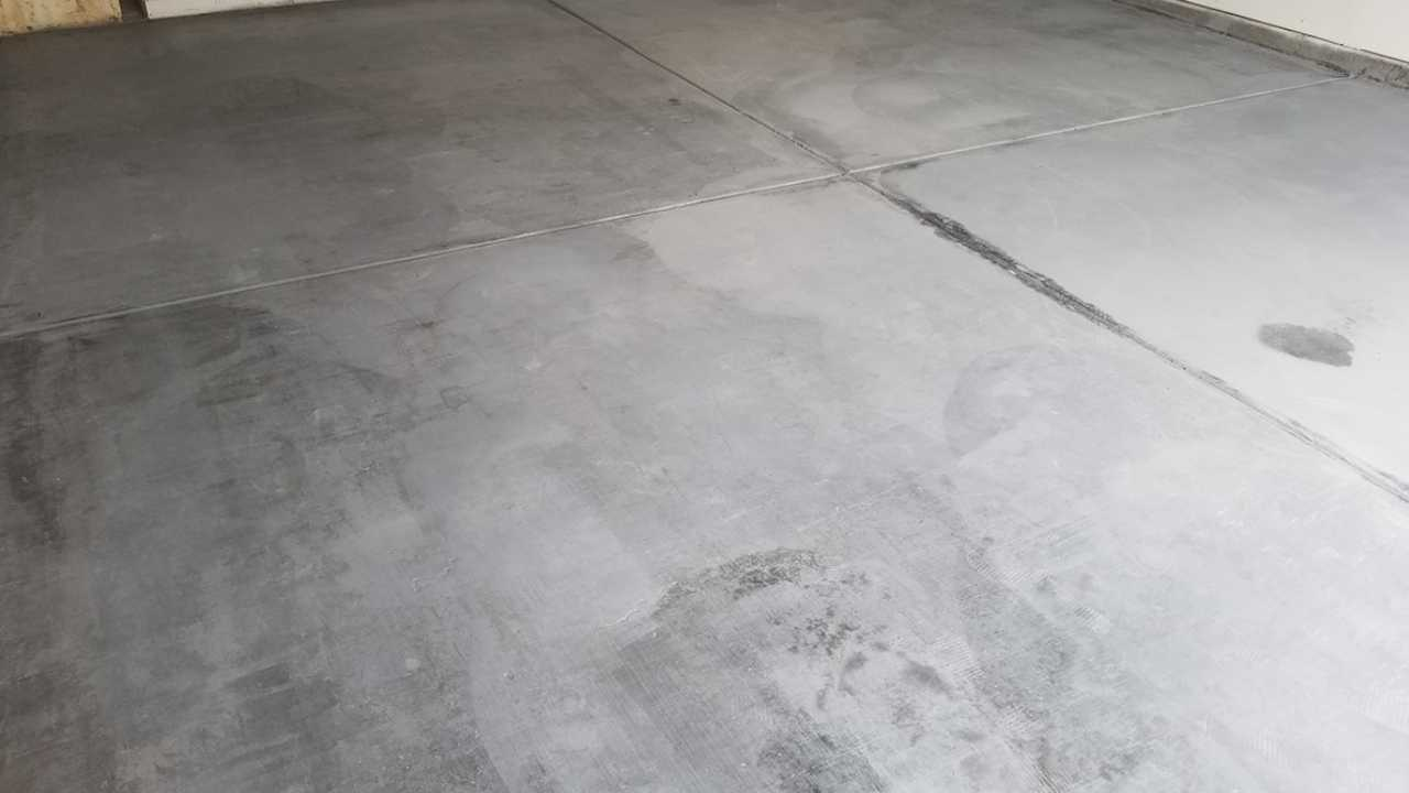 Before Concrete Cleaning