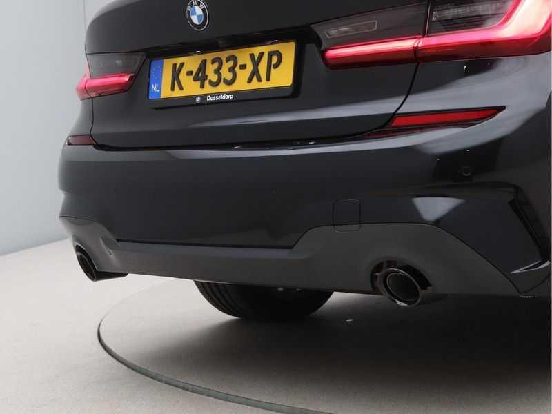 BMW 3 Serie 320e High Exe M-Sport Hybrid afbeelding 17