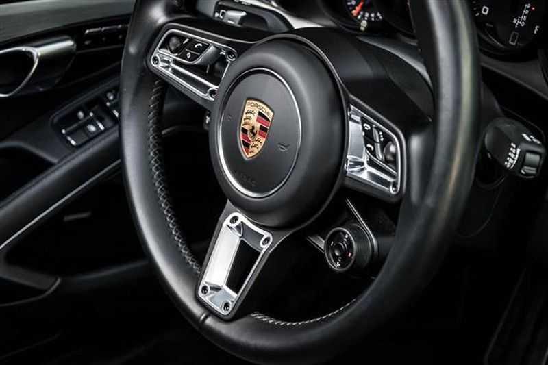 Porsche 911 TARGA 4 SPORT CHRONO+CAMERA+AKRAPOVIC afbeelding 2
