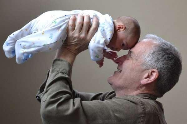 Grandfather 1434575 640