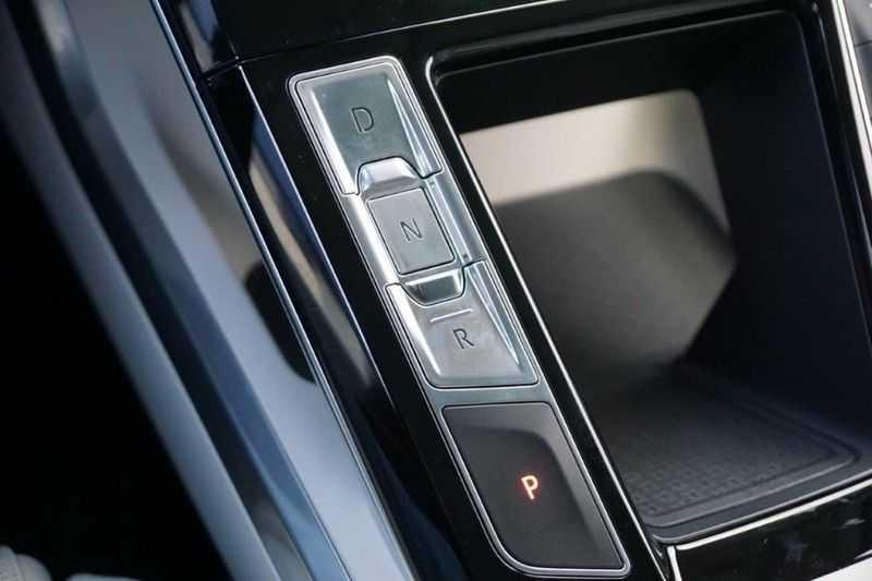 Jaguar I-PACE EV400 First Edition NIEUW uit voorraad leverbaar! / Direct rijden / Full options! afbeelding 13