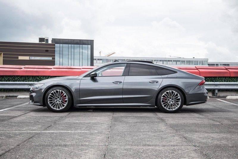 Audi A7 Sportback 55 TFSI e 367 pk Quattro Competition | Verlengde garantie | 2 x S-Line | Nachtzicht-assistent | panorama dak | Head-up display | Trekhaak | 360 camera | Stoelverwarming vóór en achter | afbeelding 12