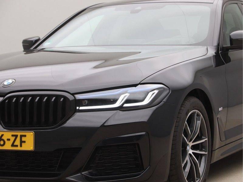 BMW 5 Serie 520d Sedan High Exe M-Sport afbeelding 23