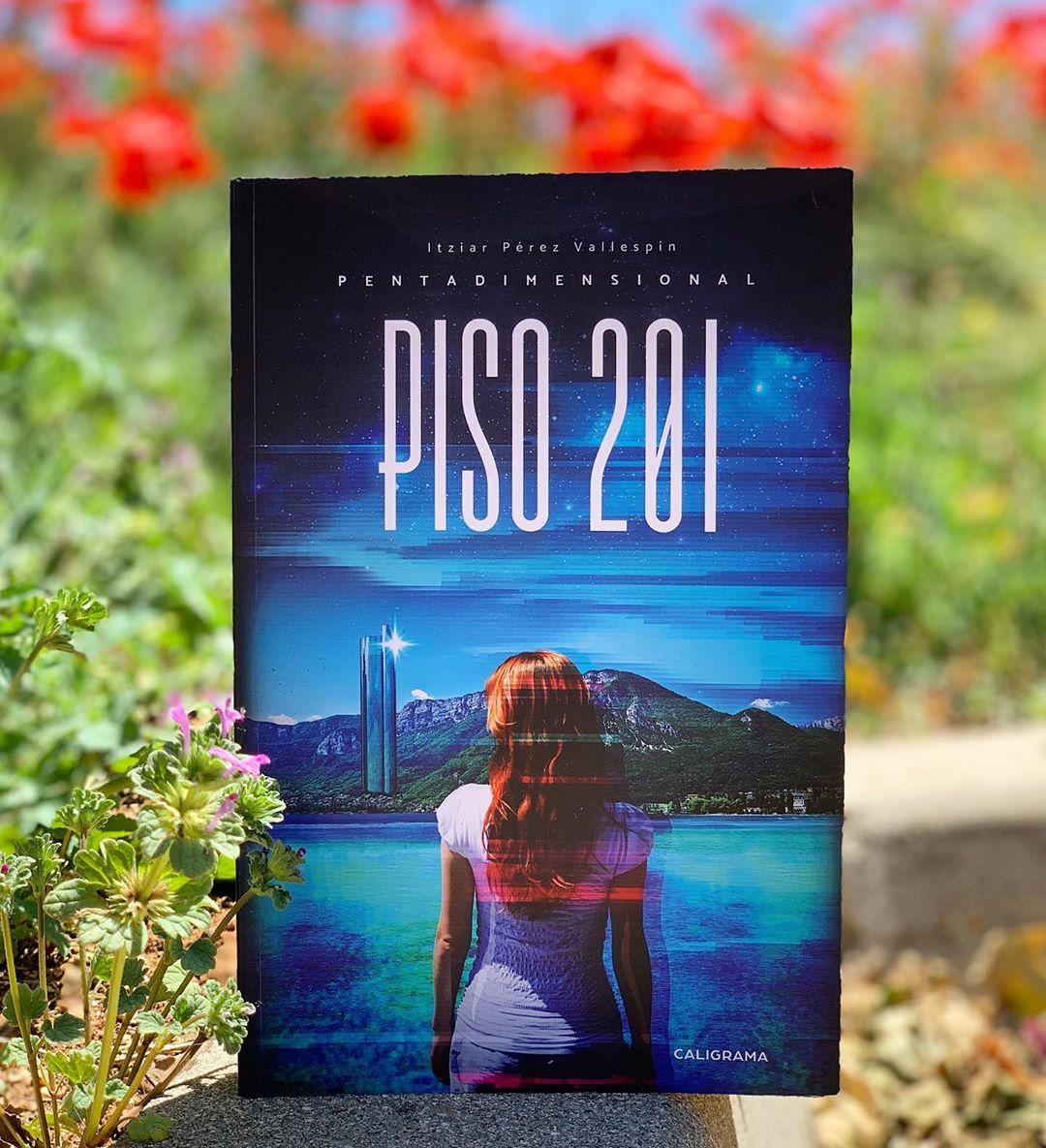 """Imagen de Reseña de """"Piso 201, Pentadimensional"""", de I. Pérez Vallespín"""