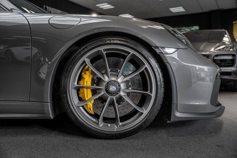 Porsche 911 991.2 GT3 Touring PCCB Lift Carbon 4.0 GT3 Touring Package afbeelding 15