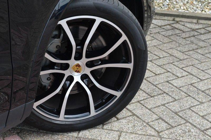 Porsche Cayenne 2.9 S 441pk Pano Luchtv Trekh Adp-zetels PDLS 21inch afbeelding 7