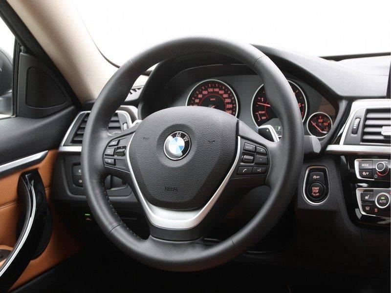 BMW 4 Serie Coupé 435d xDrive High Executive Model Sportline afbeelding 2