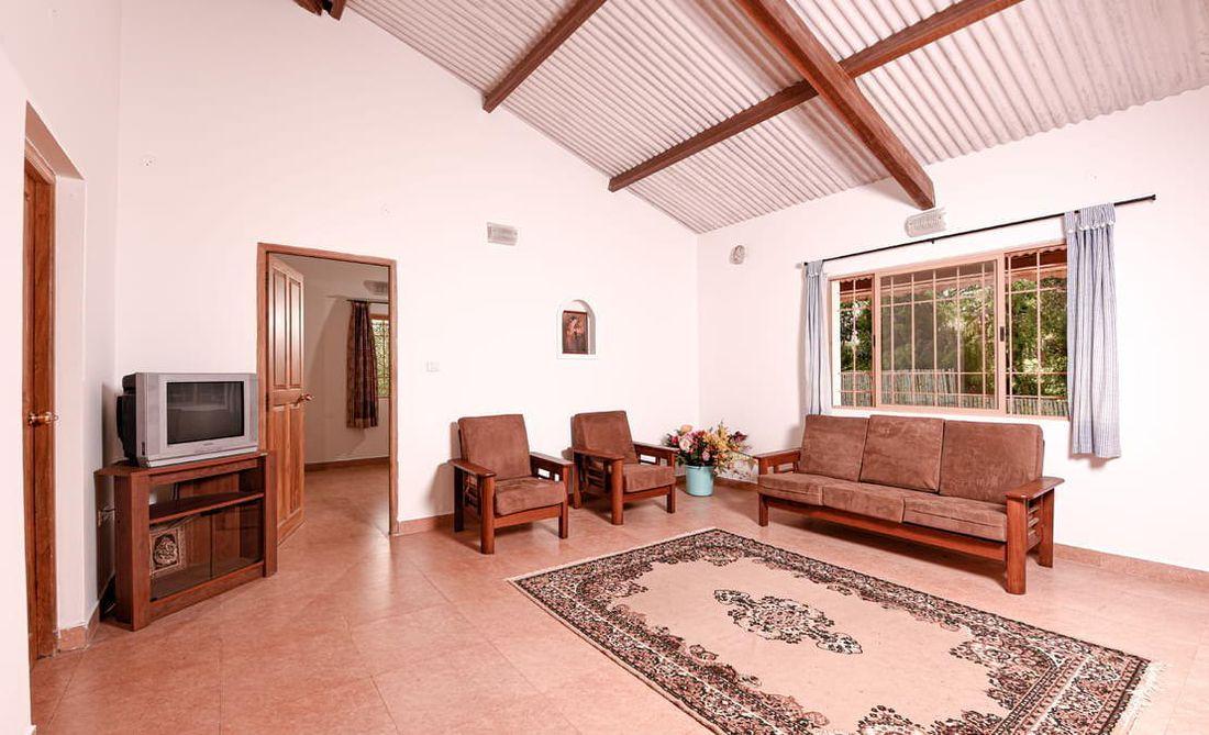 Shakthi Sai House Halakarai for sale Living room
