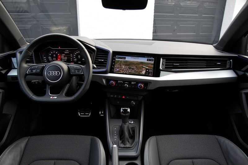 Audi A1 Sportback 40 TFSI S-LINE+NAVI+18INCH afbeelding 5