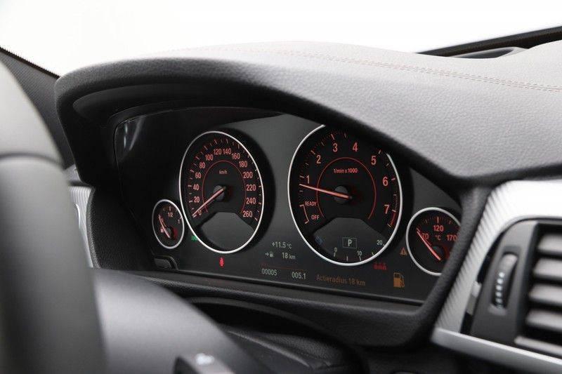 BMW 4 Serie Gran Coupé 420i High Executive M-sport afbeelding 3