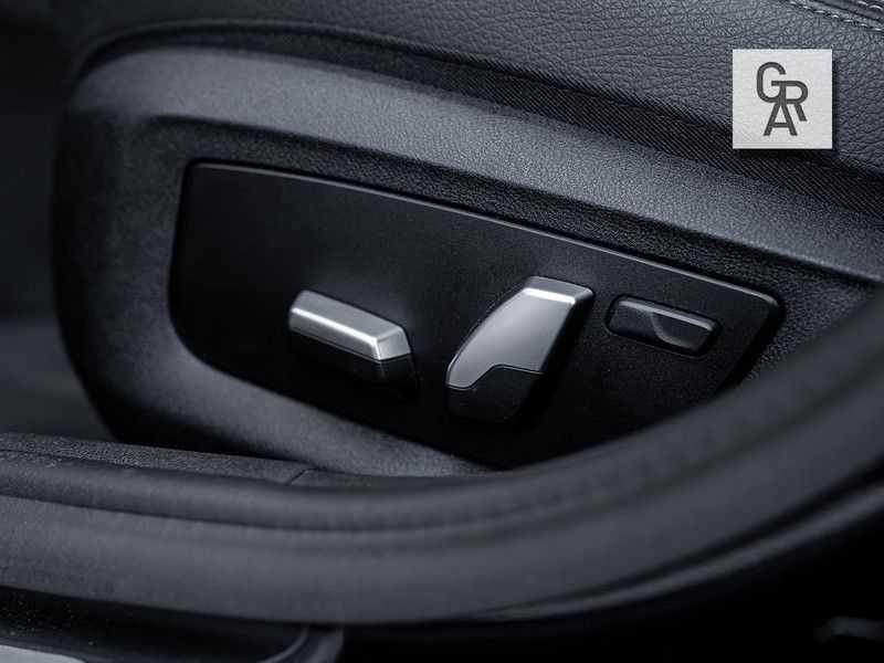 BMW 5 Serie 540i xDrive High Executive afbeelding 25