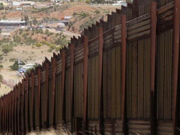 트럼프,  이민자와의 전쟁  현실화