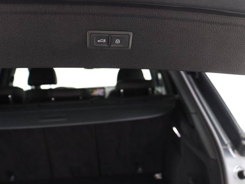 Audi Q5 50 TFSI e 299 pk quattro S edition   S-Line  Assistentiepakket City/Parking/Tour   360* Camera   Trekhaak wegklapbaar   Elektrisch verstelbare/verwambare voorstoelen   Adaptive Cruise Control   Verlengde fabrieksgarantie afbeelding 23