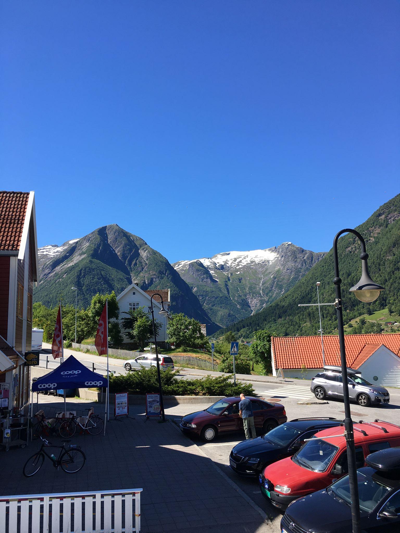 view fjord mountains balestrand