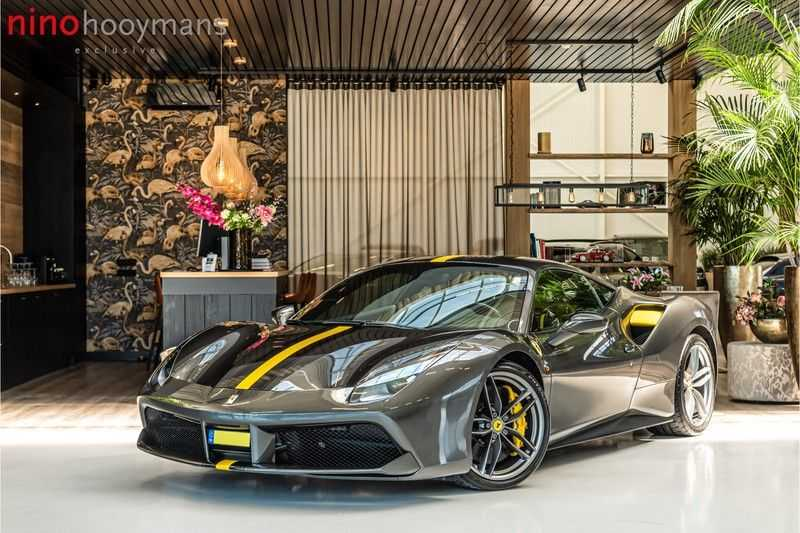 Ferrari 488 3.9 GTB HELE | Carbon | Passenger Display | Lifting | NP350.000,-