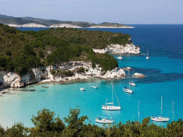Why You Should Choose Greek Ionian Islands For Your Sailing Holiday