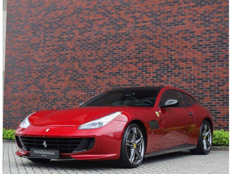 Ferrari GTC4 6.3 V12 Lusso *Panoramadak*passagiers display* afbeelding 8