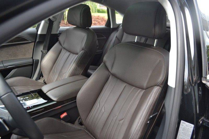 Audi A8 55 TFSI Massage / Head Up / Nachtzicht afbeelding 7