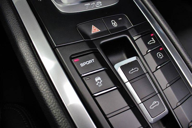 Porsche 718 Boxster S PDK 350pk **Navi/Leder/Verw.stoelen/19inch** afbeelding 17