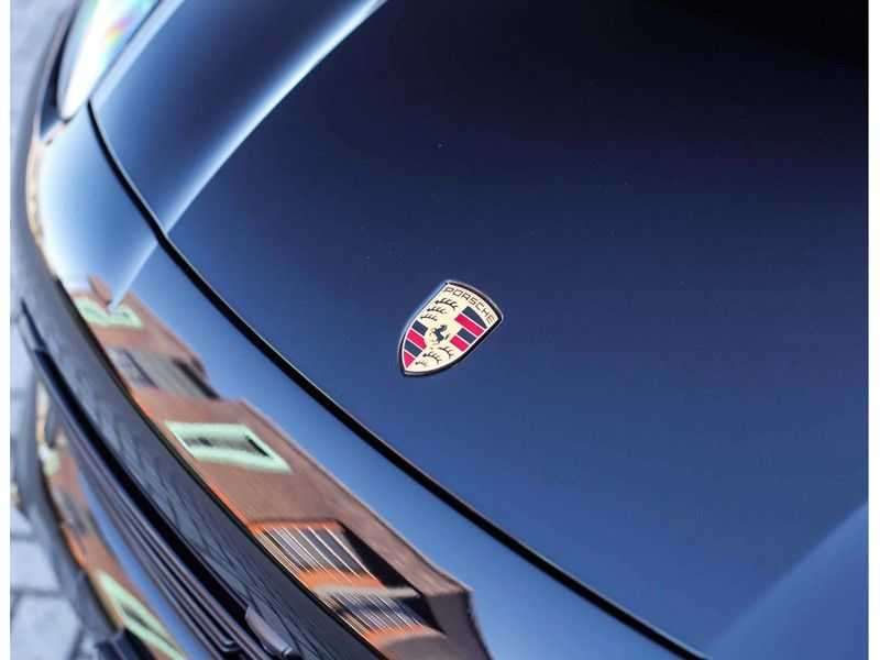 Porsche Cayenne 3.0 E-Hybrid *Pano*Chrono*ACC*PASM*HUD*Bose* afbeelding 13