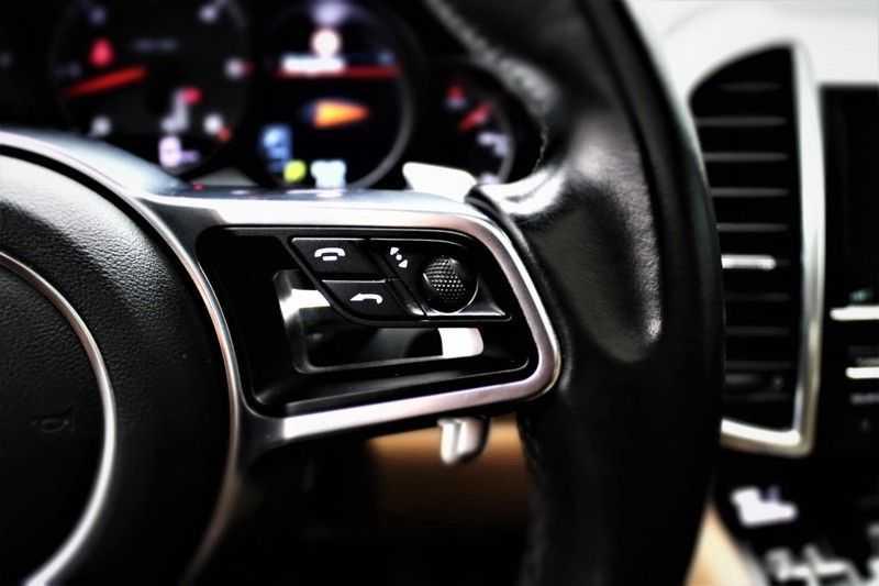 Porsche Cayenne 3.0 D Sport design  Porsche Approved Garantie Pano Lucht PDLS  afbeelding 7