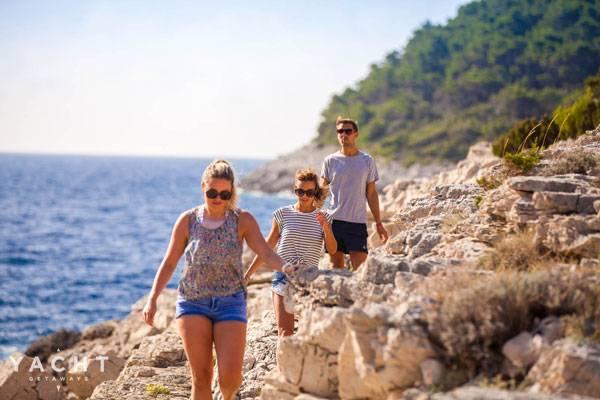 Four Best Walks In The Italian Islands