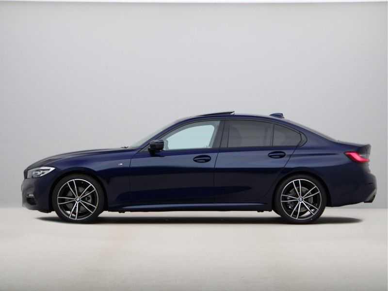 BMW 3 Serie 320i Exe M-Sport Aut. afbeelding 20