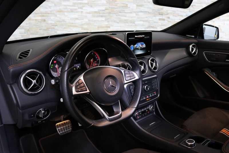 Mercedes-Benz CLA-Klasse Shooting Brake 200 OrangeArt Edition | VERKOCHT! | | Panoramadak | Memory stoelen | AMG Pakket | Night Pakket | Achteruitrijcamera | afbeelding 14