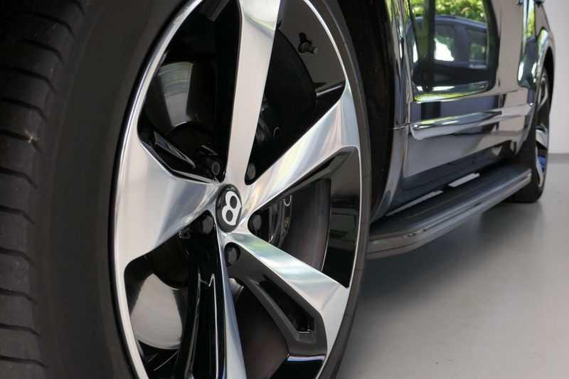 Bentley Bentayga 4.0 D Massage stoelen - Panorama - Trekhaak afbeelding 17