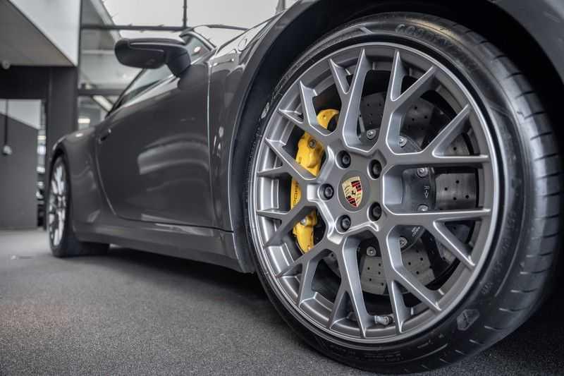Porsche 911 992 4S PCCB Matrix Pano Keramisch ACC 3.0 Carrera 4 S afbeelding 20