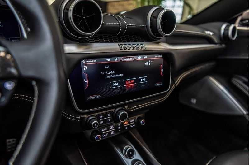 Ferrari Portofino 3.9 V8 HELE | Carbon | Alcantara | Homelink | Camera | afbeelding 20