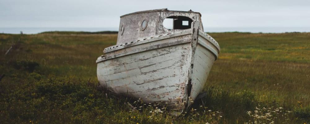 mini shipwreck