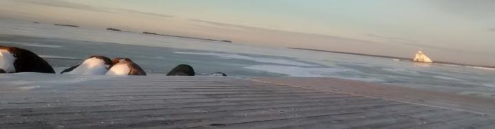 Majakka merenrannalla