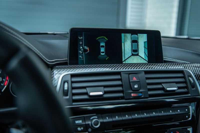 BMW 3 Serie M3 Competition DCTA, 450 PK, Facelift, Akrapovic, Harman/Kardon, Head/Up, LED, Surround View, Carbon, 2017, Org. NL!! afbeelding 18