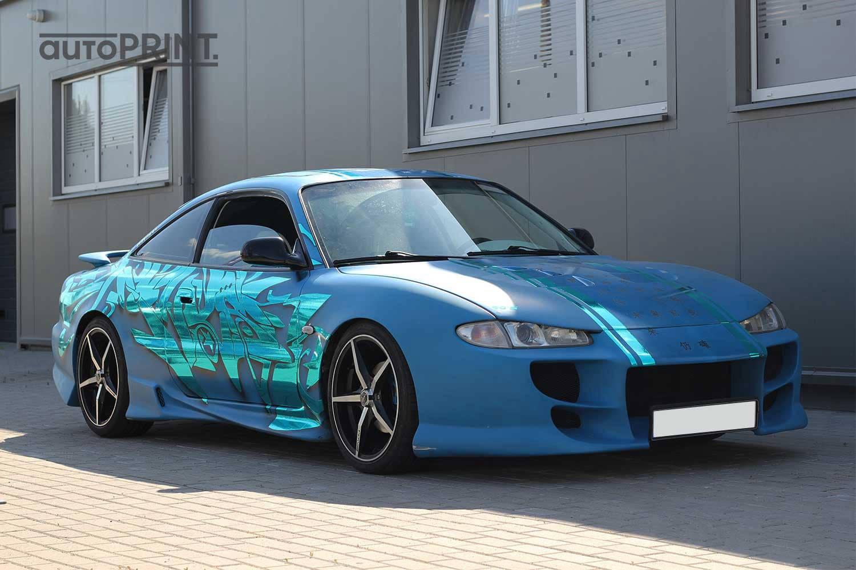 Japoniškas apklijuotas automobilis