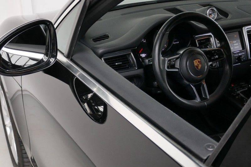 Porsche Macan 3.0 S Panorama - Luchtvering afbeelding 12