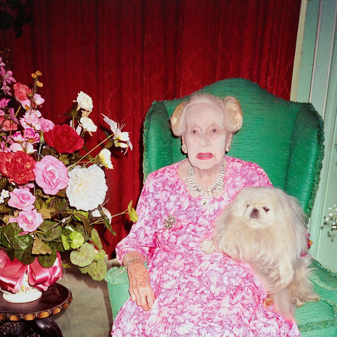 Одно изпоследних фото Барбары Картленд, которая умерла в99лет. Фотограф Юрген Теллер