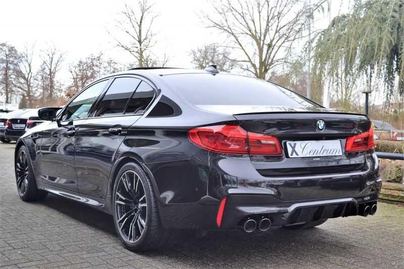 BMW M5 Schuifdak HK M Drivers Package M Stoelen afbeelding 6