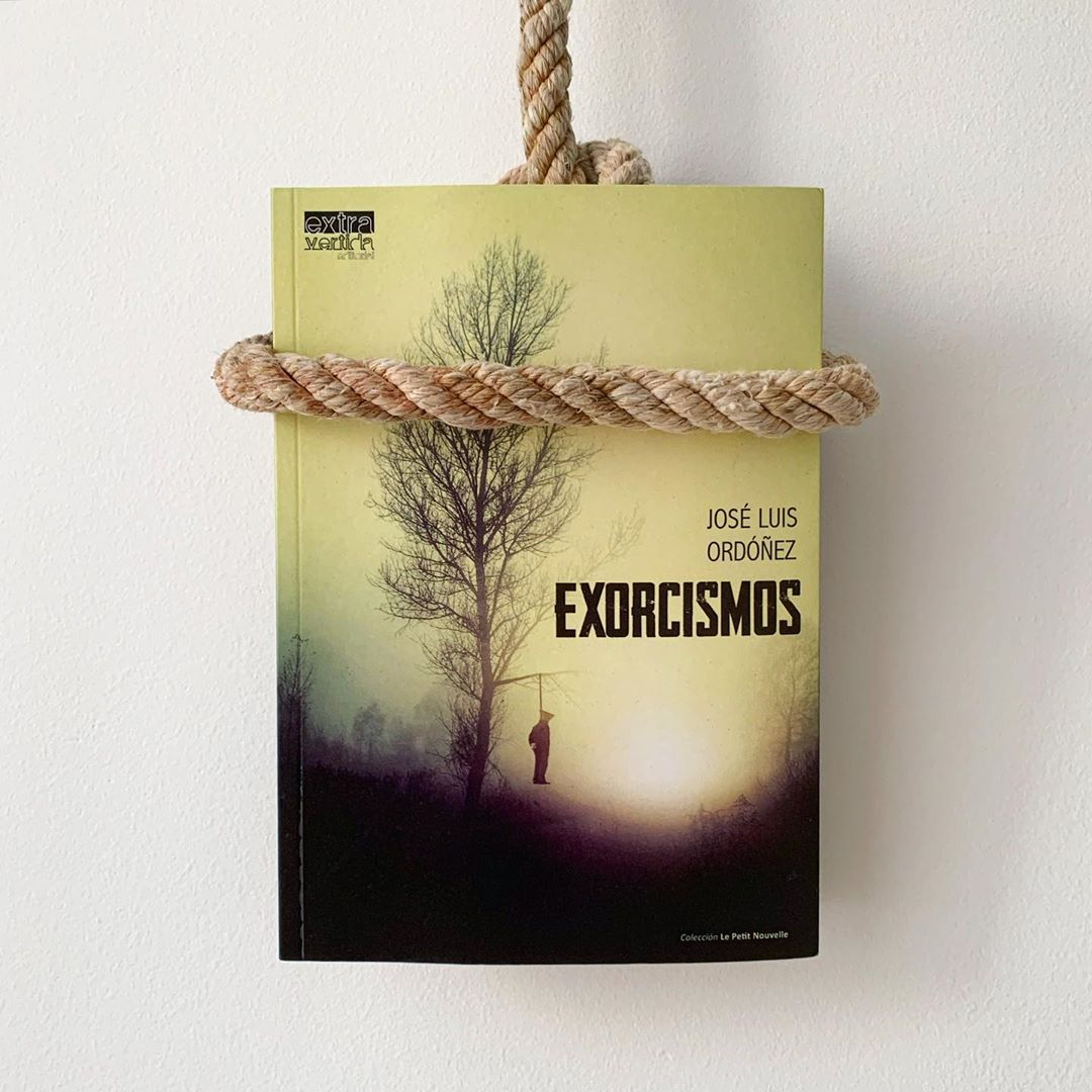 "Imagen de Reseña de ""Exorcismos"", de José Luis Ordóñez"