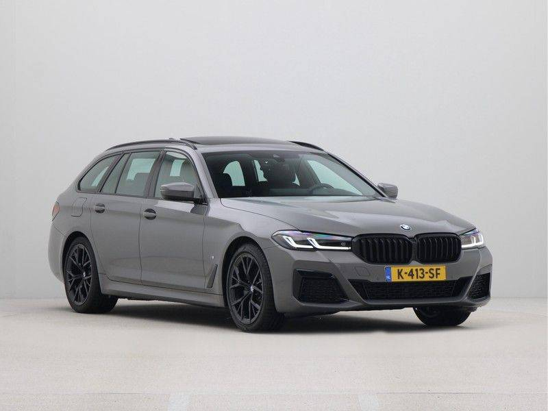 BMW 5 Serie Touring 520i High Executive M-Sport Automaat afbeelding 7