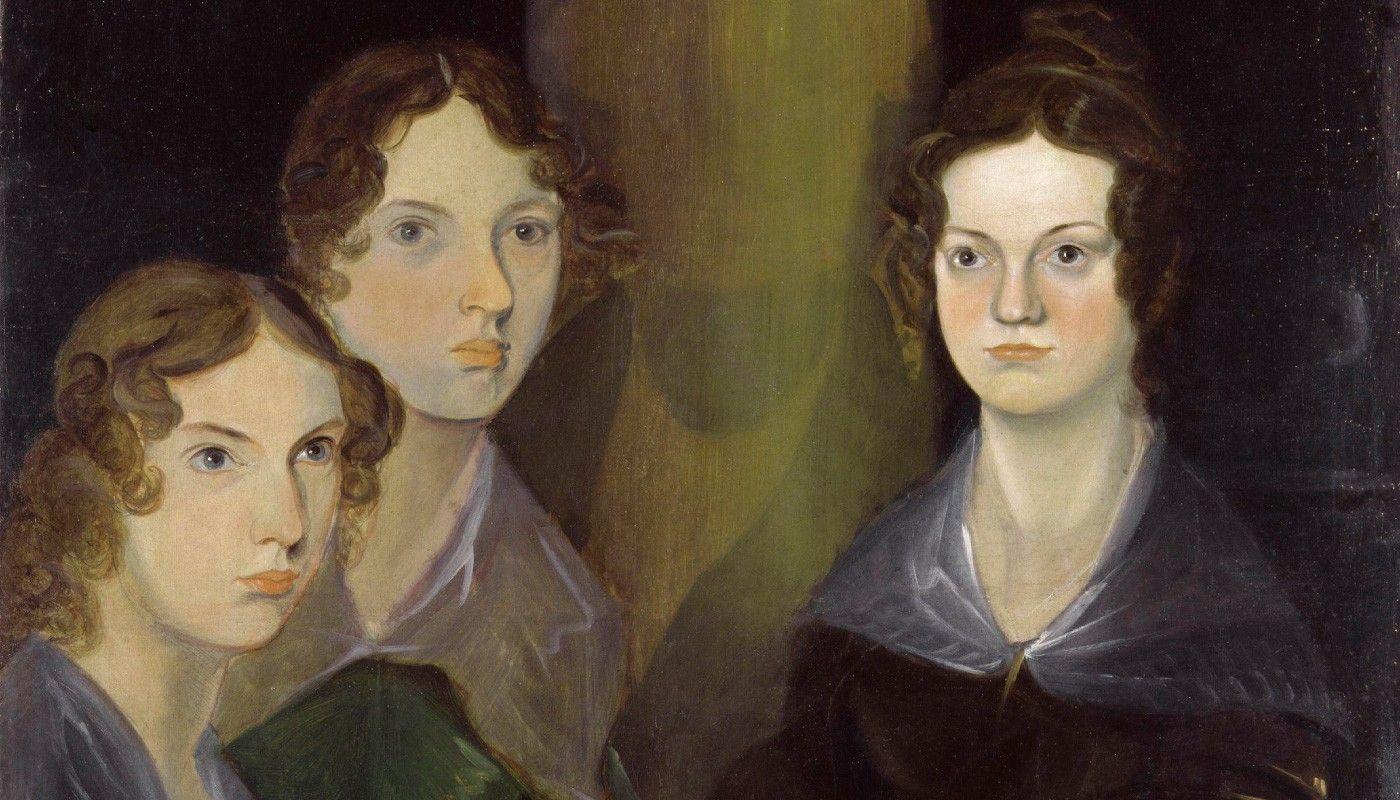 Совместный портрет сестер Бронте, написанный их братом Бренуэллом в 1835 году. Слева направо изображены: Энн, Эмили и Шарлотта. Источник: ru.wikipedia.org