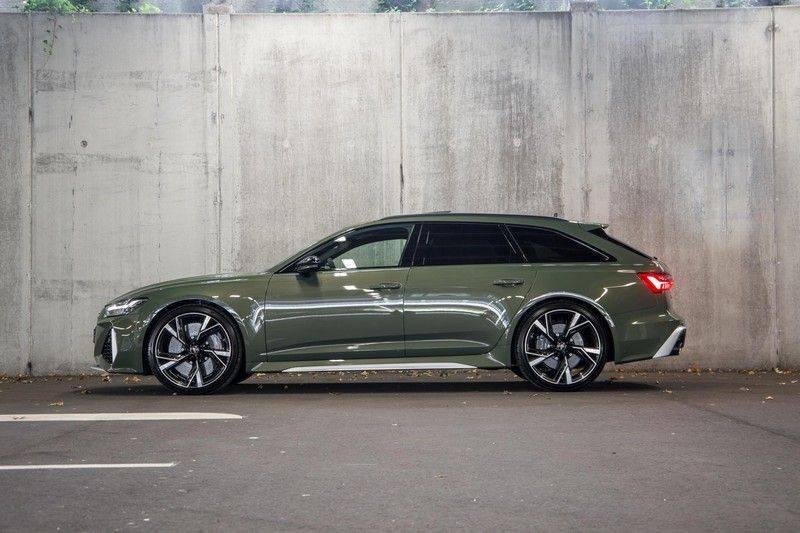 Audi RS6 Avant TFSI 600 pk quattro | 25 jaar RS Package | Dynamic Plus pakket | Keramische Remschijven | Audi Exclusive Lak | Carbon | Pano.dak | Assistentiepakket Tour & City | 360 Camera | 280 km/h afbeelding 7