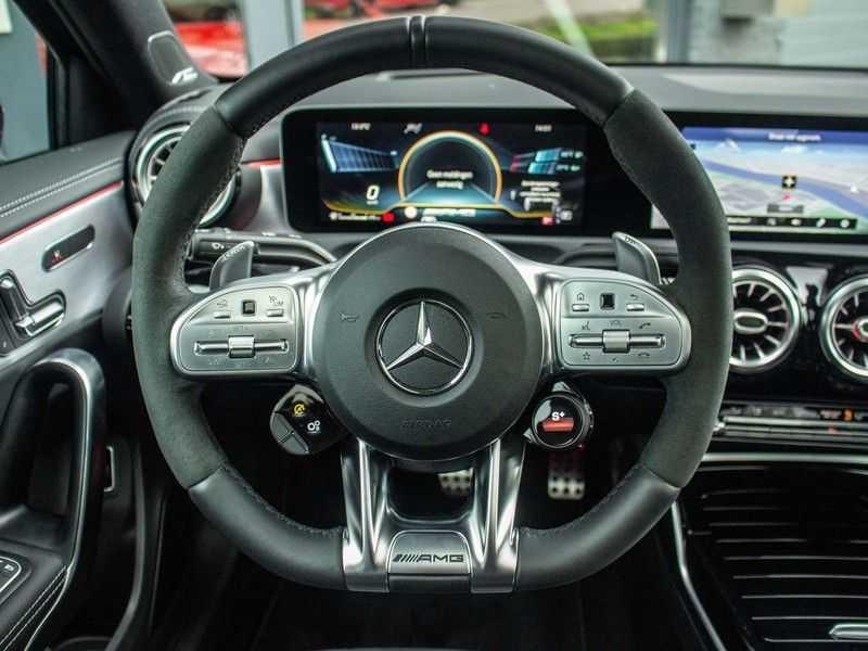 Mercedes-Benz A-Klasse A35 AMG 4MATIC Premium Plus afbeelding 19
