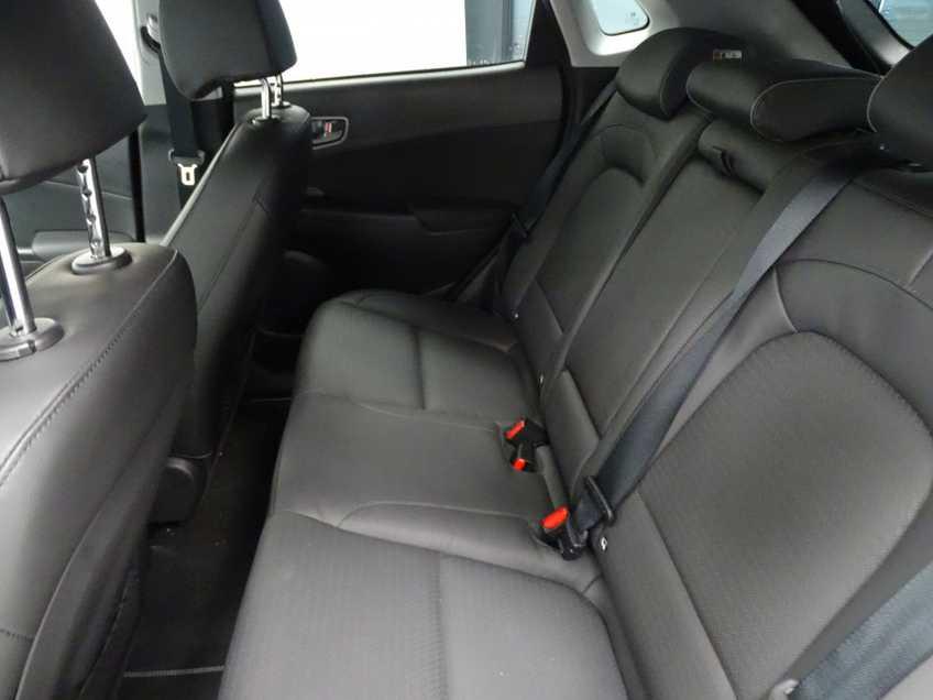 Hyundai Kona EV Premium 64 kWh EX BTW 4% Leder Navigatie Clima Cruise Camera HUD  460 KM op 1 Lading! afbeelding 15
