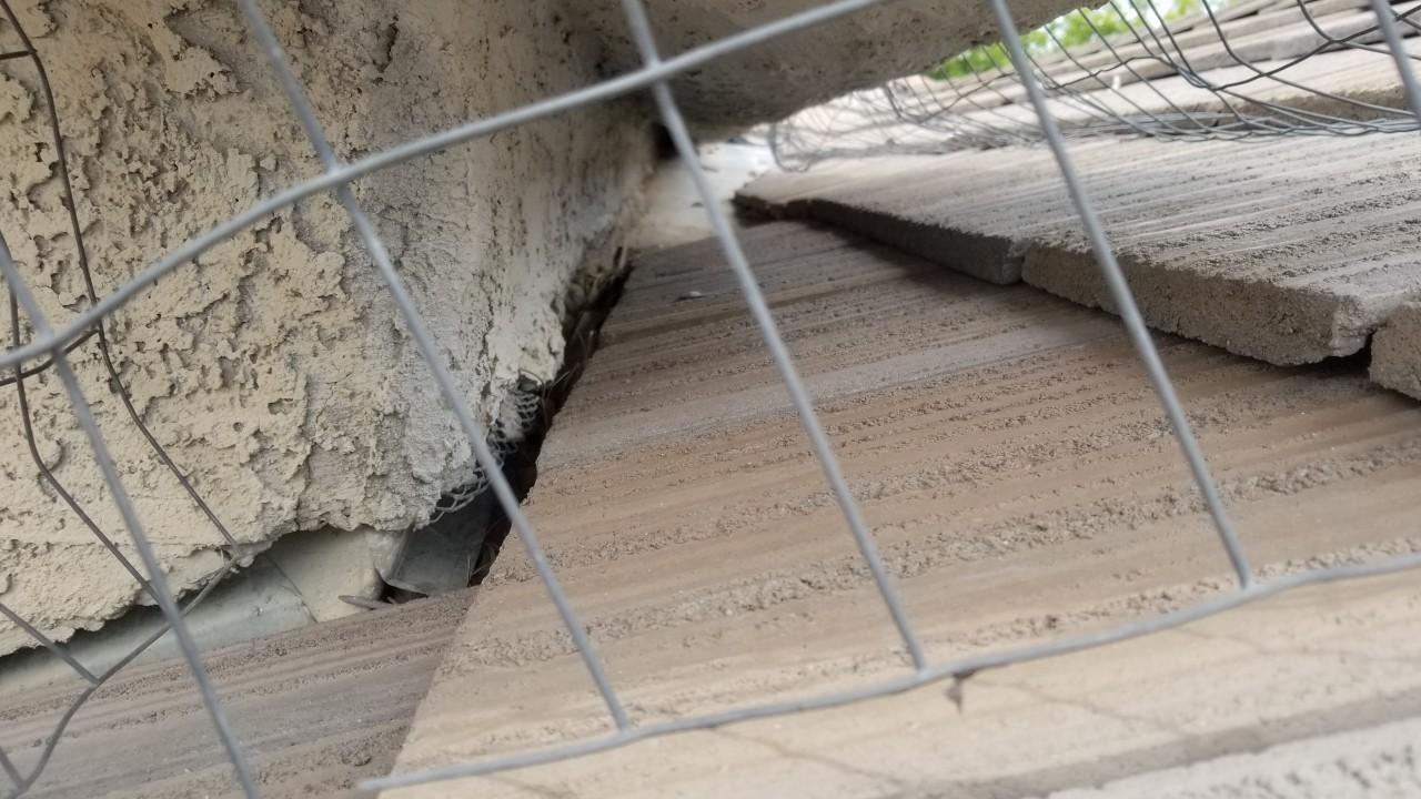 roofing-drainage-cracks-repairs--before-02
