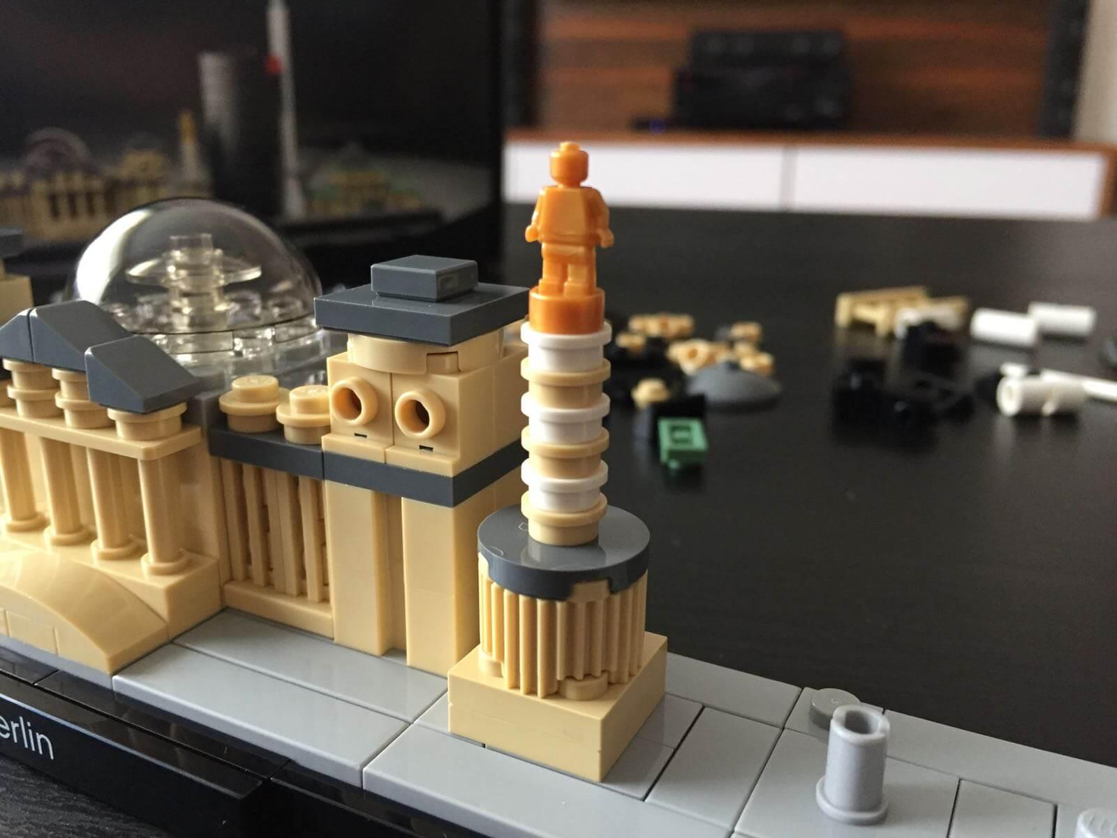 LEGO Architecture - Berlin: Victory Column