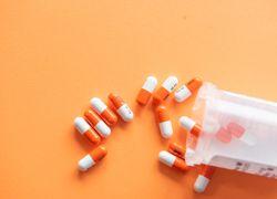 Azitromicina: qué es, usos y efectos - Featured image