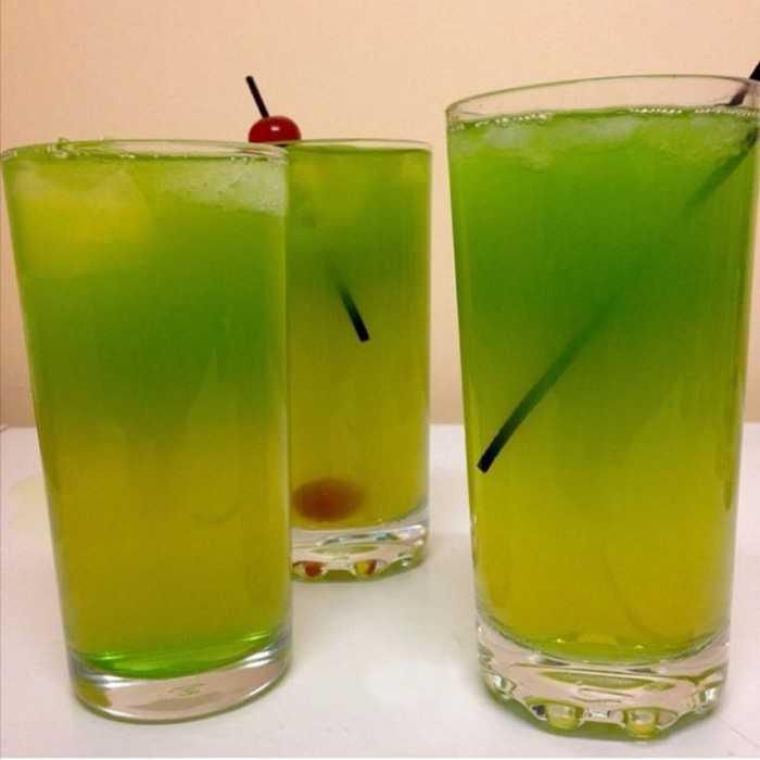 Kiwi Lemon Cocktail