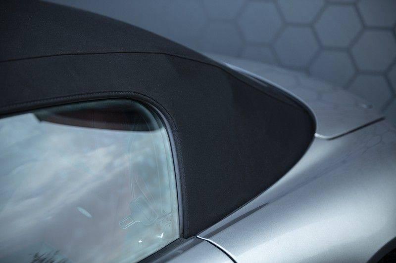 Mercedes-Benz SLS Roadster 6.3 AMG Carbon Pack + MIDDLE GRAY HIMALAYAS + Full Carbon Motor afdekking afbeelding 19
