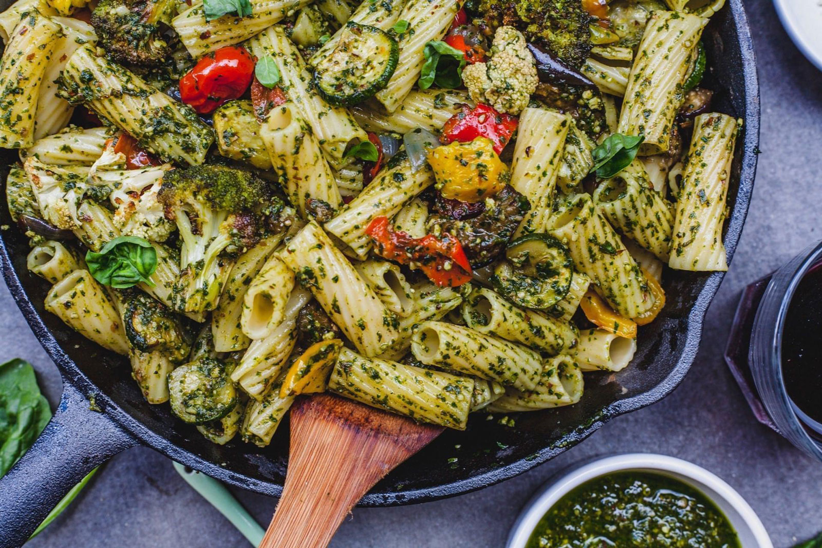 Garlic Roasted Vegetable Pesto Pasta